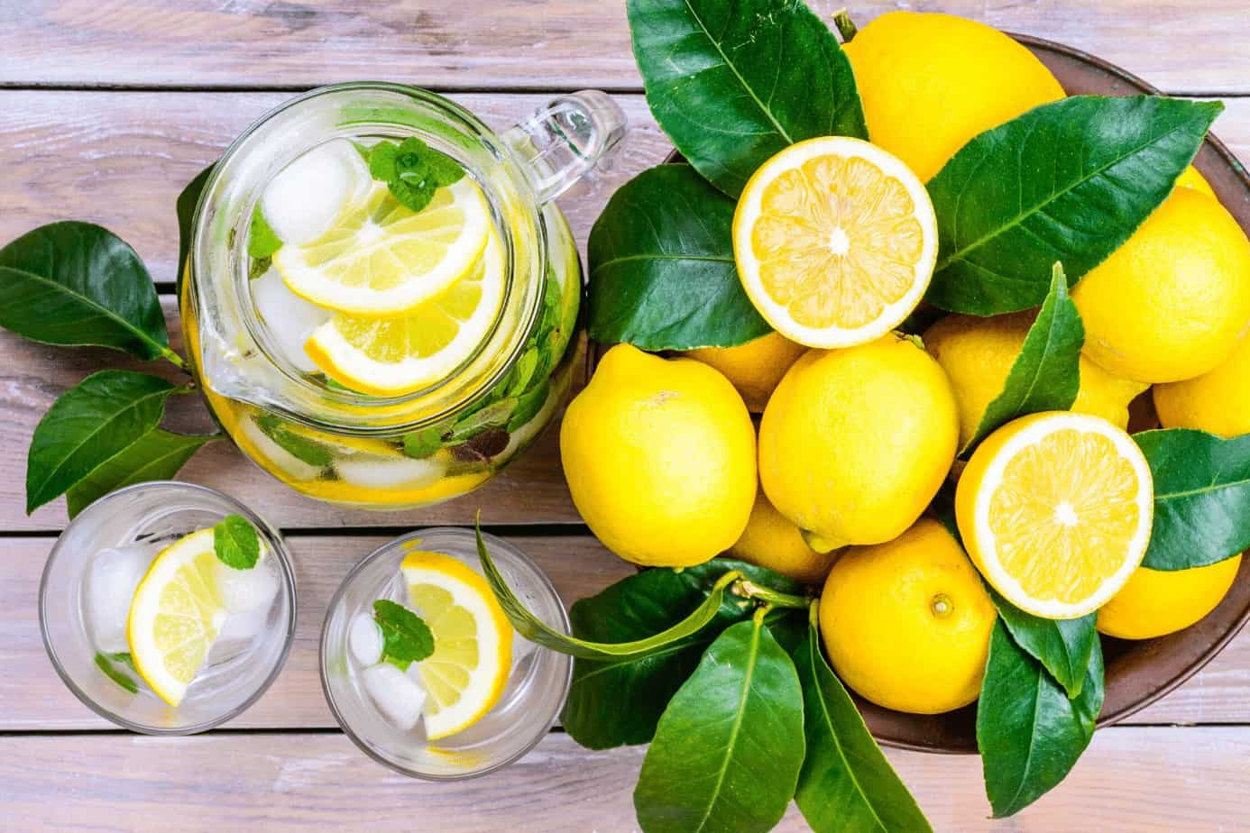 lemons in a bunch with leaves